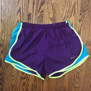 BRAND NEW Nike running shorts, size Medium
